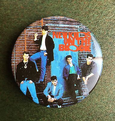 True Vintage 1989 NOS Deadstock NKOTB New Kids on the Block Group Pin 1.5 Inches
