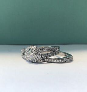 18 karat white gold diamond engagement and wedding band set Banksia Grove Wanneroo Area Preview