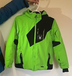 Kids Spyder Ski Coat size 12 like new