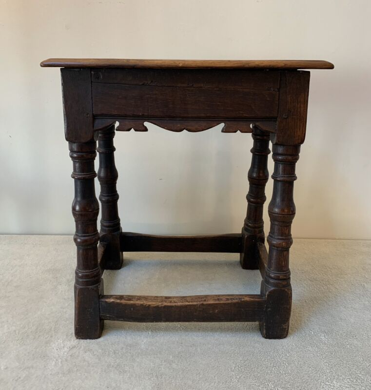 RARE ANTIQUE 18th Century ENGLISH OAK JOINTED STOOL TURNED LEGS