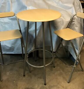 Pub height table and 2 Chairs