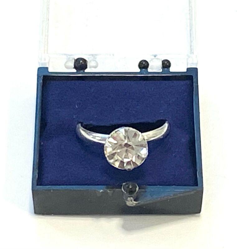 Vintage Vending Machine Faux Diamond Adjustable Play Toy Engagement Ring NOS NIB