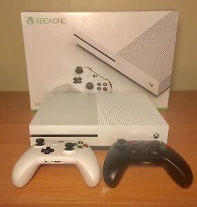 Xbox One S 500GB Console,  Controllers x2, Plug & Play x2