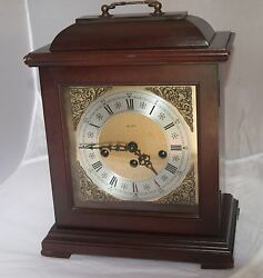 Mantel clock beautiful mahogany wood, key wound, by Alfry