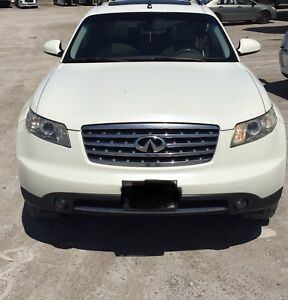 2007 FX35 with Navi and lot's more...