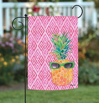 Toland Summer Shades 12.5 x 18 Cute Bright Pink Pineapple Su