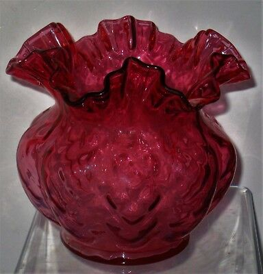 VINTAGE ?CRANBERRY/RUBY? OVERLAY DIAMOND OPTIC DOUBLE CRIMP VASE 5 I/2