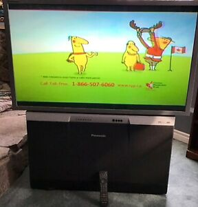 Panasonic rear projection TV PT-47Wx52CF