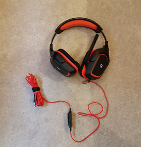 Logitech G230 stereo headset - barely used