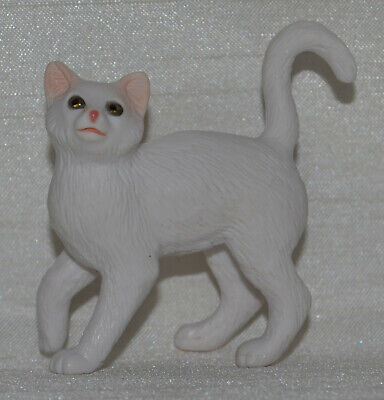Breyer~2009-2012~White Cat From Classic Animal Rescue Set~Silver Tabby Mold Only
