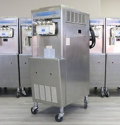 Taylor 336 Soft Serve Frozen Yogurt Machine 2011 3 Phase Water Cooled
