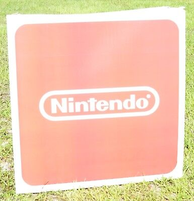 Toys R Us Exclusive Nintendo logo 48