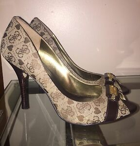 Guess shoes size 10