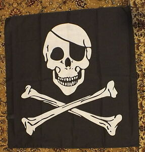 Jolly-Roger-Bandana-mini-flag-Pirates-Party-Kids-Fun-Bikers-Fancy-Dress-Play-bn