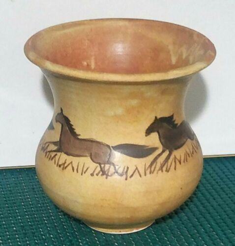 "Native American Southwest Terracotta Pottery Vase~4 Horses~ SIGNED~4"""
