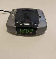 RCA Dual Alarm Stereo CD Clock Radio RP4896A - Tested