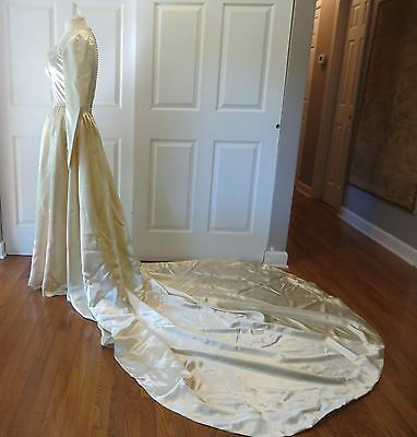 Vintage Satin Wedding Gown Dress Long Train White Beads