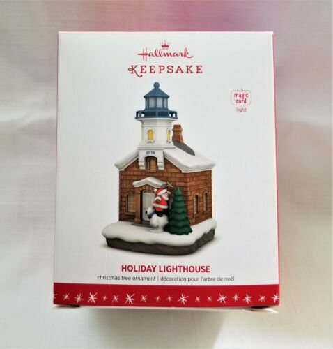 "NIB Hallmark Keepsake Ornament ""Holiday Lighthouse"" Lights Up #5 in Series 2016"