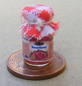 1-12-Jar-Of-Strawberry-Jam-With-A-Red-Check-Cloth-Top-Dolls-House-Miniature-Food