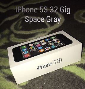 32 Gig Space Gray IPhone 5S
