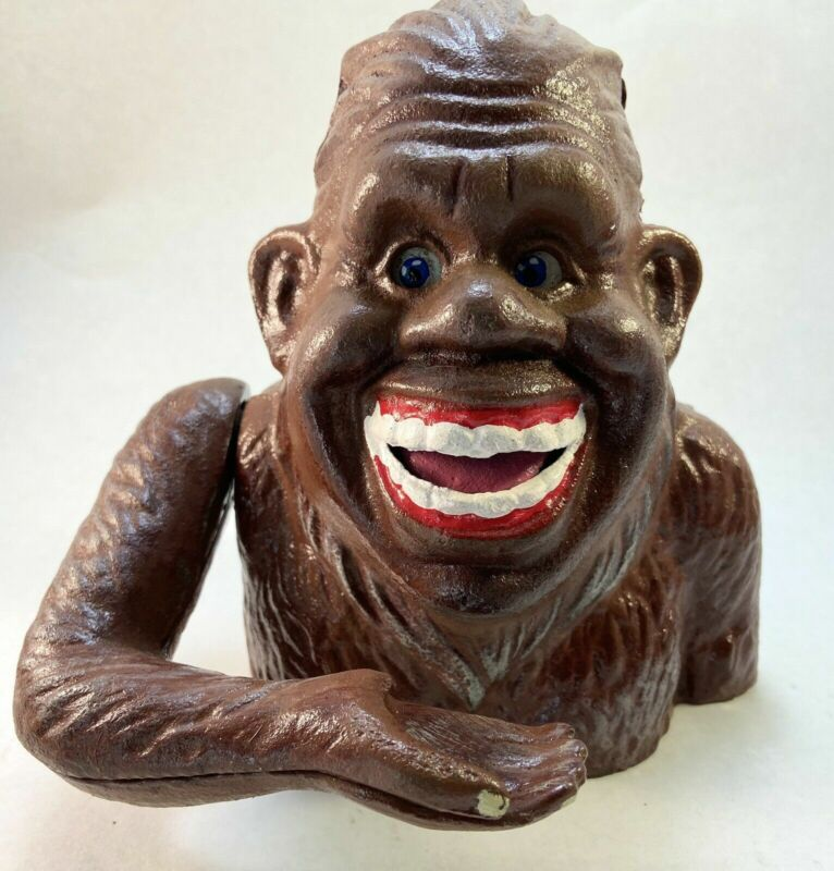 BIGFOOT SASQUATCH SMILING CAST IRON COIN HEAVY FEED ME BANK