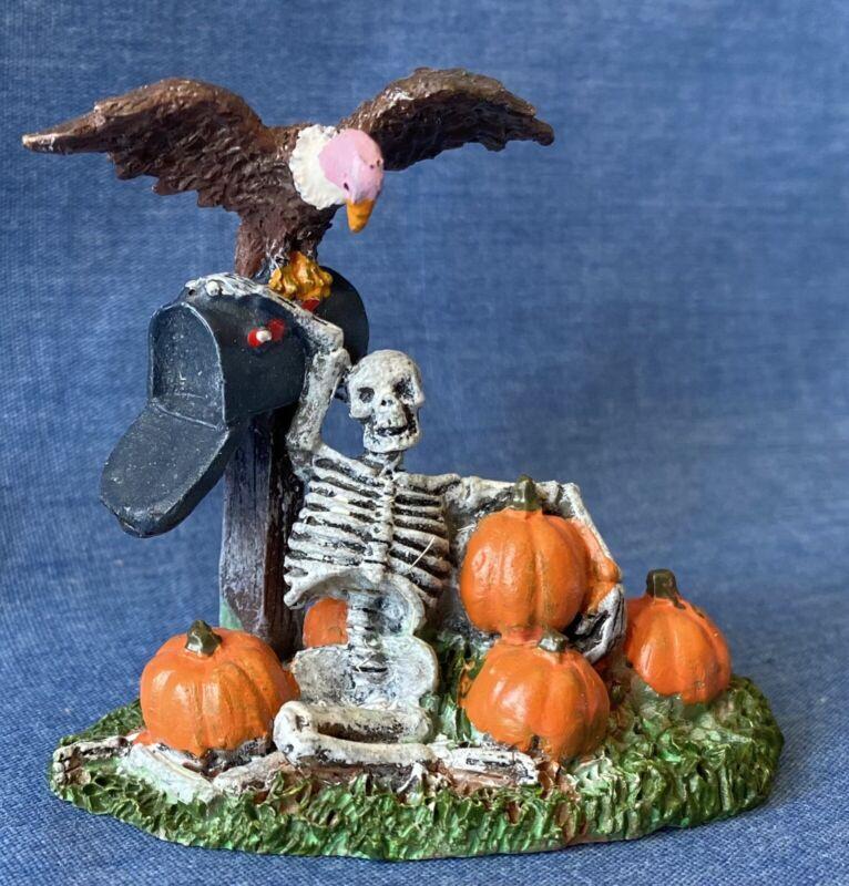 Lemax Town Halloween Village Figure04168 Spooky Mailbox Skeleton Vulture Retired