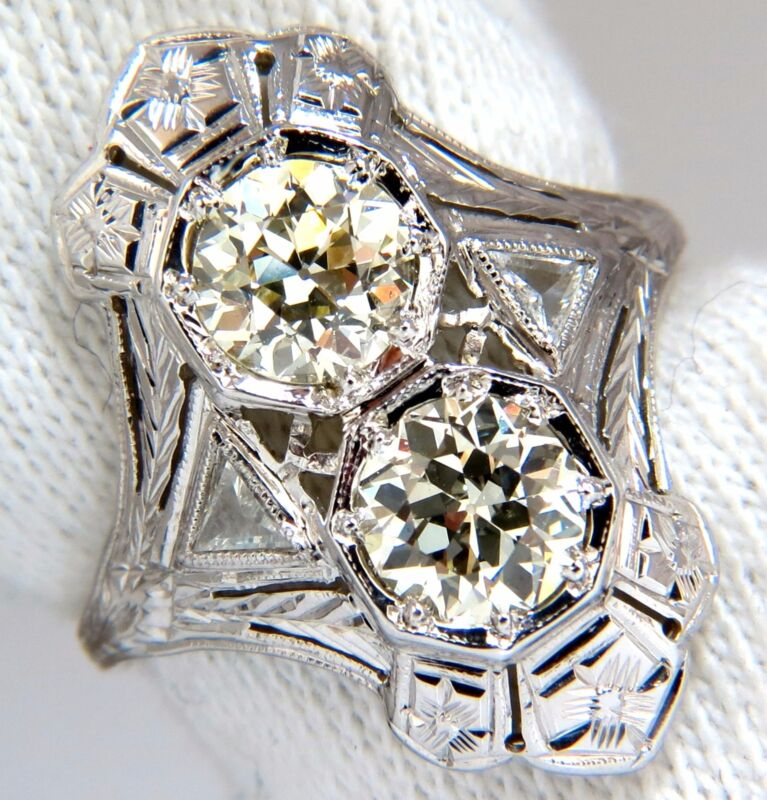 Antique 2.20ct Old Mine Round Natural Diamonds Ring 18kt