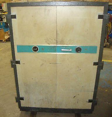 Schwab Safe Co. Wright Line Data Bank 2 Door Vault E1 18681lr