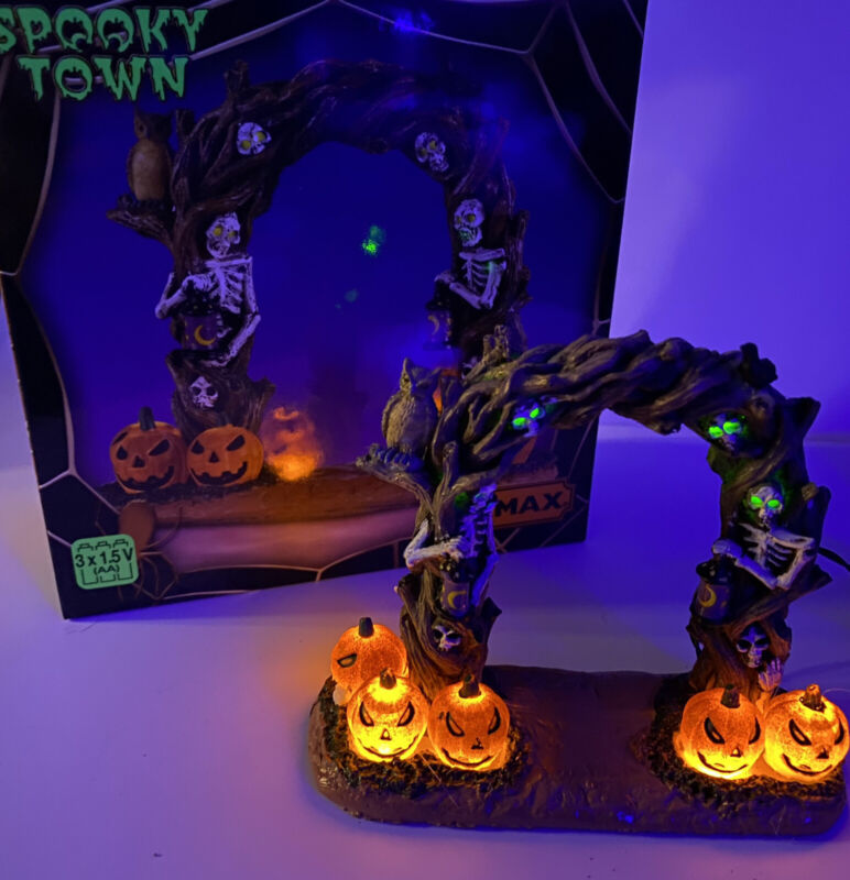 Lemax Spooky Town Horror Arch New Lighted Table Accent 2021 # 14826