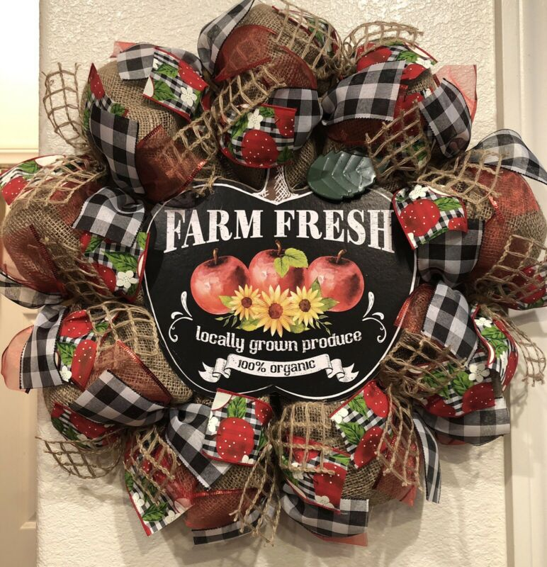 "FARMHOUSE APPLE 🍎 BURLAP Deco Mesh WREATH Fall HARVEST 24"" X 24"" BUFFALO CHECK"