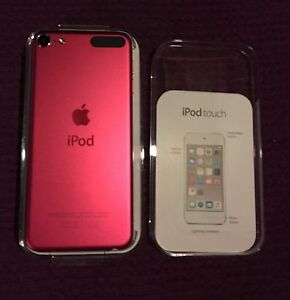 2 x pink iPod touch 32gb both only 6 months old!! Lawnton Pine Rivers Area Preview