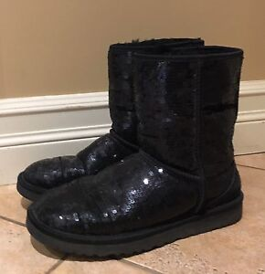 Sparkly Uggs size 8