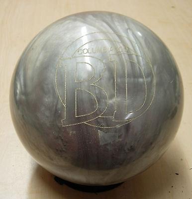 (= 10# 6 oz Former Display Columbia 2008 BD (Blue Dot) Polyester Bowling Ball )