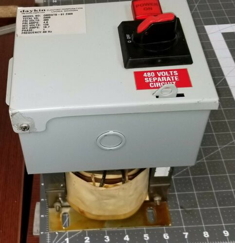 Daykin Midget Transformer Disconnect Combination 2000 VA 480/120 [E6S4]