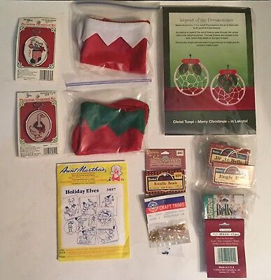Assortment Of Christmas Craft Items  ()