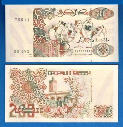 Algeria P-138 200 Dinars Year 1992 Uncirculated Banknote Africa