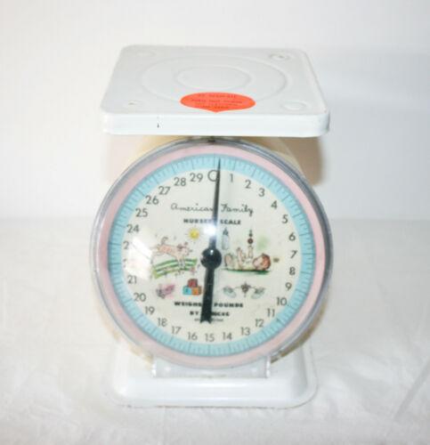 Vintage American Family Nursery Baby Scale 30 lbs. Metal