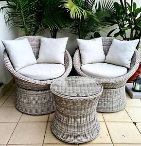 Shelta Outdoor Swivel Rattan Chair Set in Great Condition