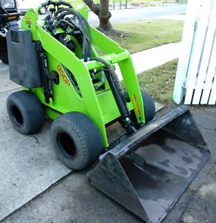 Dingo 950P mini loader excavator SALE or HIRE