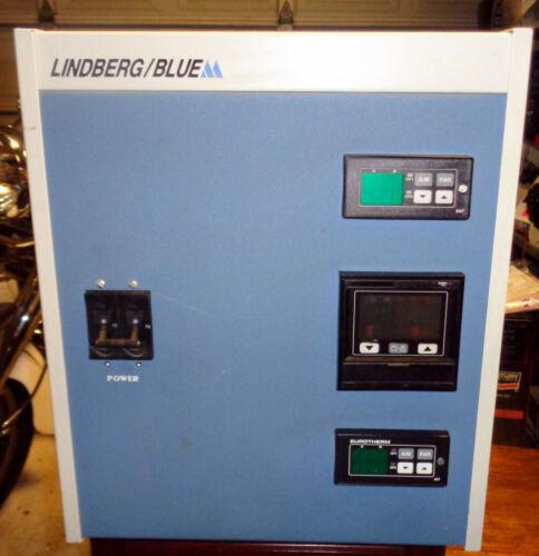 Lindberg Blue M CC58434C 3 Zone Console Furnace Temperature Controller.