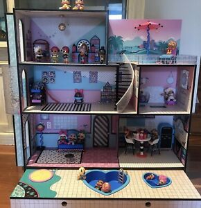 LOL Summer Surprise Doll House