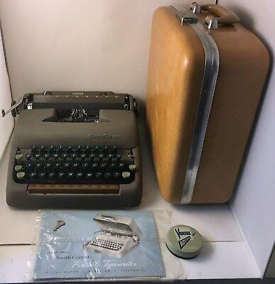 1949 Smith-Corona Clíper Máquina de Escribir Marrón Mocca con / Estuche Llaves &