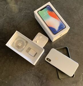 **Iphone X silver 256 go