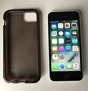 iPhone 5C 16gb Unlocked in perfect condition