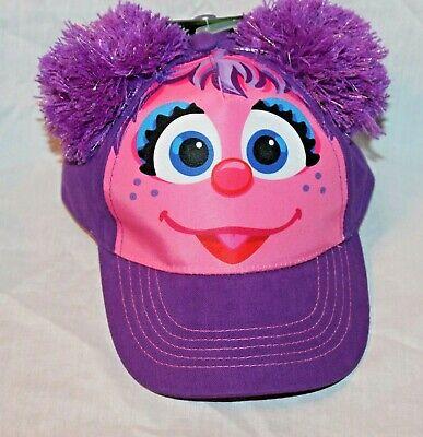 NEW ABBY CADABBY  1 POM POM HAT  SESAME STREET](Abby Cadabby Hat)