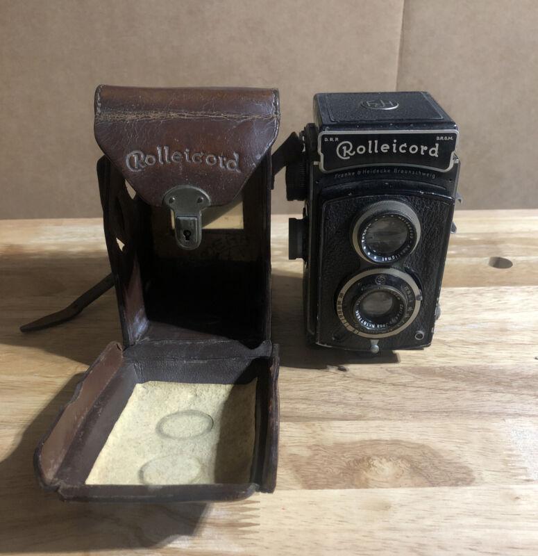 Rolleicord Camera with Leather Case Germany Franke & Heidecke Braunschweig