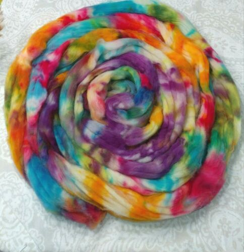 Superwash Wool Combed Top Roving Spinning Handpainted USA NWT  Hippie 7.5 oz