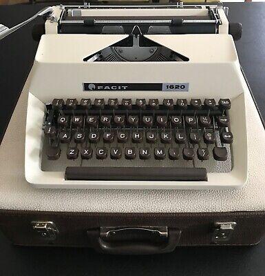 Vintage Facit 1620 Portable Manual Typewriter In Case - Nice
