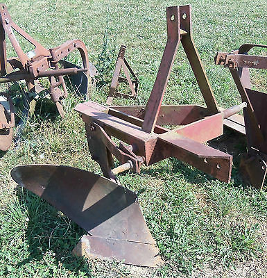 FARMALL 3 PT HITCH SINGLE BOTTOM PLOW JOHN DEERE FORD