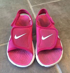 Girls Nike sandals/water shoes size 11